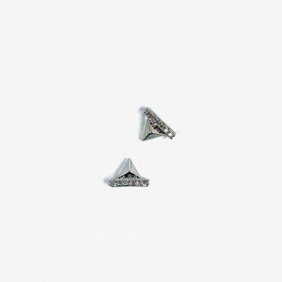 783 Semilac Nail Decoration Silver Pyramids (2pcs)