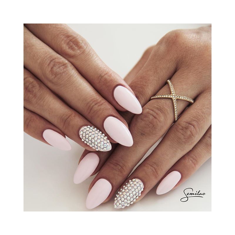 How To Use Brushes For Building Gel Nails