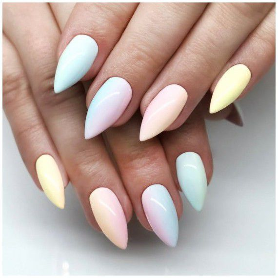 Move the rainbow to the nails!