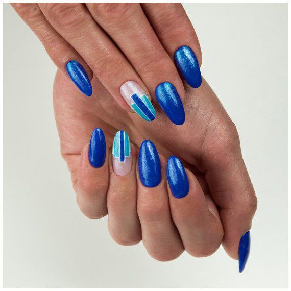 """Blue nails will make you """"Queen of glory""""!"""