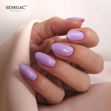 For those who love violet with hint of pink! Treat yourself 🍬💜 with #semilac145 Nails by @agnieszka.gajewiak . www.semilac.ie #semilaclilastory #semilacnails #semigirl #violetnails #summernails #mani #nailsireland #semilacireland #irish #nailsoftoday #nailsinspiration