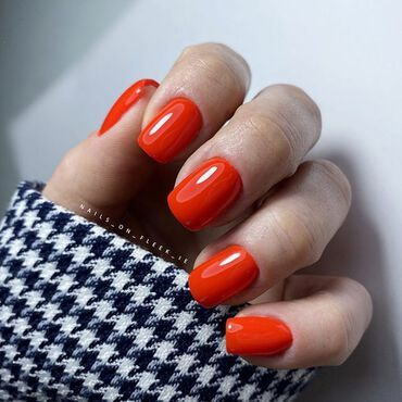 Would you go with neon red this #valentines ? #Semilac317 . www.semilac.ie #semilac #semilacnails #neonnails #neonred #rednails #valentinenails #gelpolish #hybrydy #shellacmanicure #instanails #nailstyle #nailsonfleek #irishnailtech #nailsireland