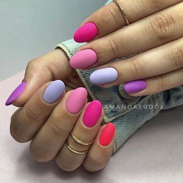 In loveee 💕 with this set! Mix of #Pink & #violet #nailsdone by @amanda.sudolll . www.semilac.ie #colourfulnails #vacationnails #summernails #semilacsupercover #pinknails #violetnails