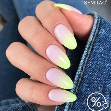 Summer ombre with Strong Lime 🍈 . . #ombrenails #summerombre #juicynails #semilacnails #paznokciehybrydowe #irishbeauty #irishnails #irishnailtech #semilaczki #gelpolishmanicure #gelnails #perfectmanicure