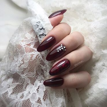 Epic Burgundy #nails 👌with #semilac316 What you think? Nails by @is.nailart_ . #semilac #gelpolish #burgundynails #shellacnails #semilacnails #nailsonfleek #instanails #nailsonfleek #semilacireland #nailsinspiration #nailsoftheday