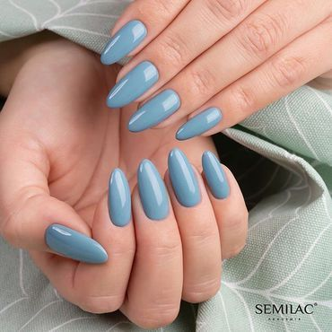 #Throwback to #CityBreak collection! How do you like this shade?#semilac546 #instagramnails #semilacireland #beautynails #nails2inspire #nailsoftheday #semilacnails #paznokcie #hybrydy #nailspromote #gelpolish