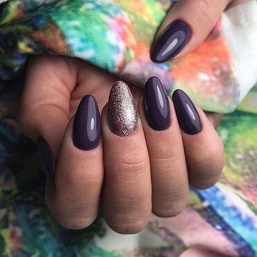 The perfect duo #semilac014 & #semilac179 👌 #nails by @magdalena_wyrwa . www.semilac.ie #semilacireland #semilacnails #nailtechnician #glitternails #gelpolish #shellac #semilac #violetnails #autumnnails #nails2inspire #nailartist